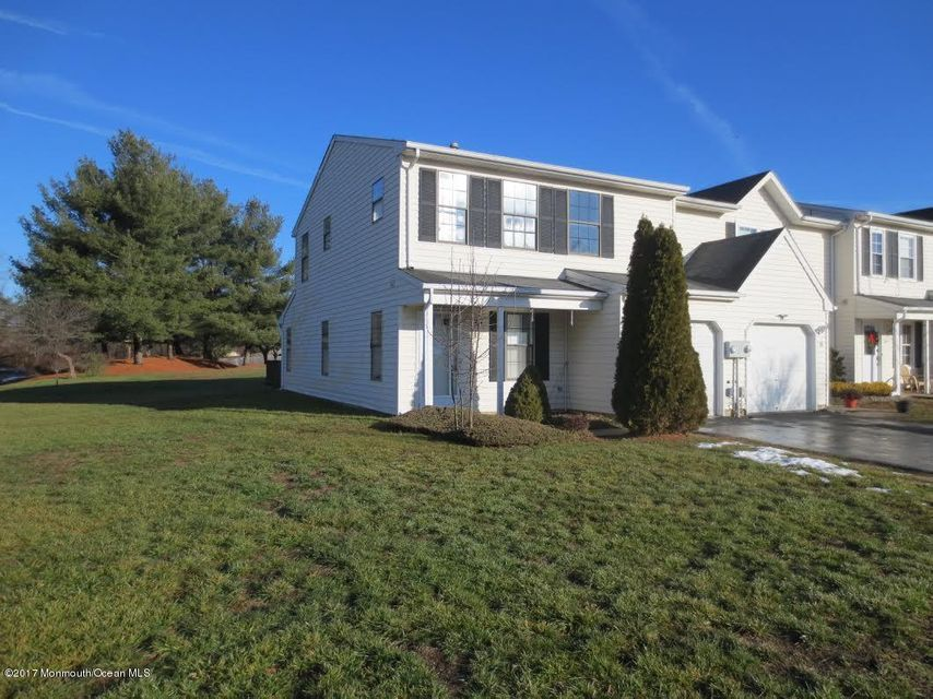 Appartement en copropriété pour l Vente à 37 Mariners Freehold, New Jersey 07728 États-Unis