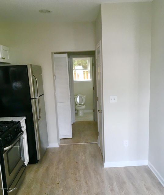 Additional photo for property listing at 1328 3rd Avenue  艾斯柏瑞公园市, 新泽西州 07712 美国