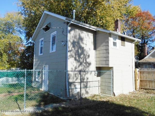 Additional photo for property listing at 710-B Monmouth Parkway  North Middletown, Nueva Jersey 07748 Estados Unidos