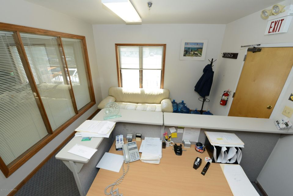 Additional photo for property listing at 2911 Route 88  特普莱森特, 新泽西州 08742 美国