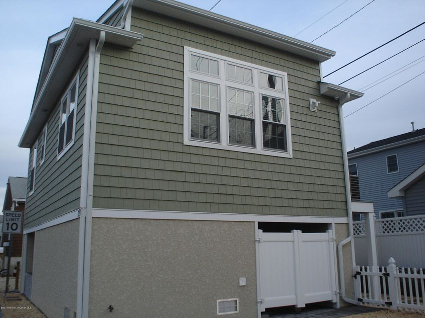 Additional photo for property listing at 123 Sea Way  Lavallette, New Jersey 08735 United States