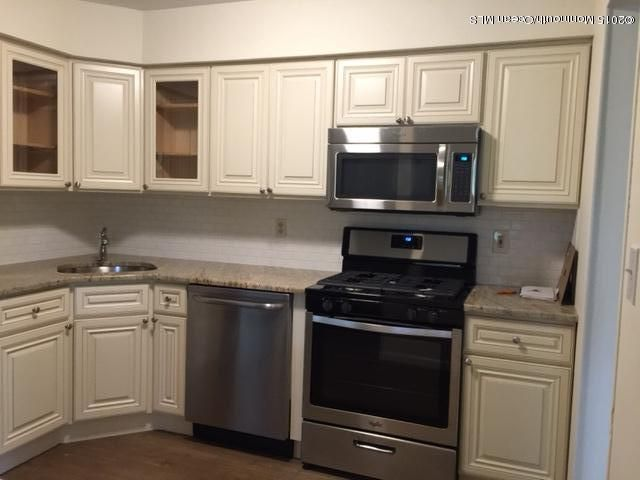 Condominium for Rent at 98 Dundee Court Aberdeen, New Jersey 07747 United States