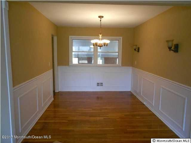 Additional photo for property listing at 201 Georges Road  Brick, New Jersey 08724 États-Unis