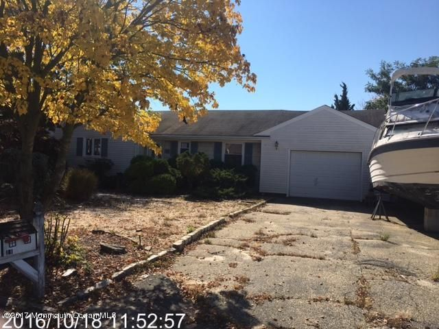 Single Family Home for Sale at 131 Jib Circle Brick, New Jersey 08723 United States