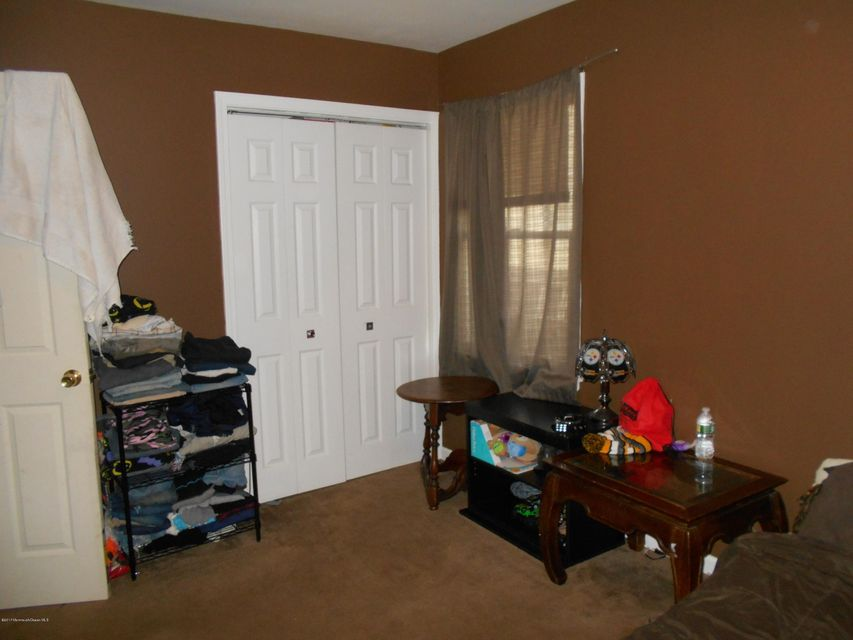 Additional photo for property listing at 2013 Teakwood Road  Toms River, New Jersey 08753 United States