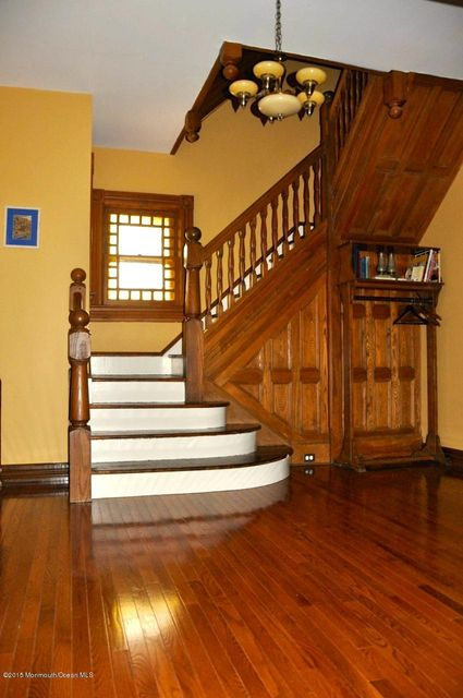 Additional photo for property listing at 34 4th Avenue  Atlantic Highlands, New Jersey 07716 États-Unis