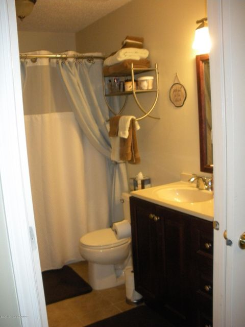 Additional photo for property listing at 813 Schley Avenue  Toms River, New Jersey 08755 États-Unis