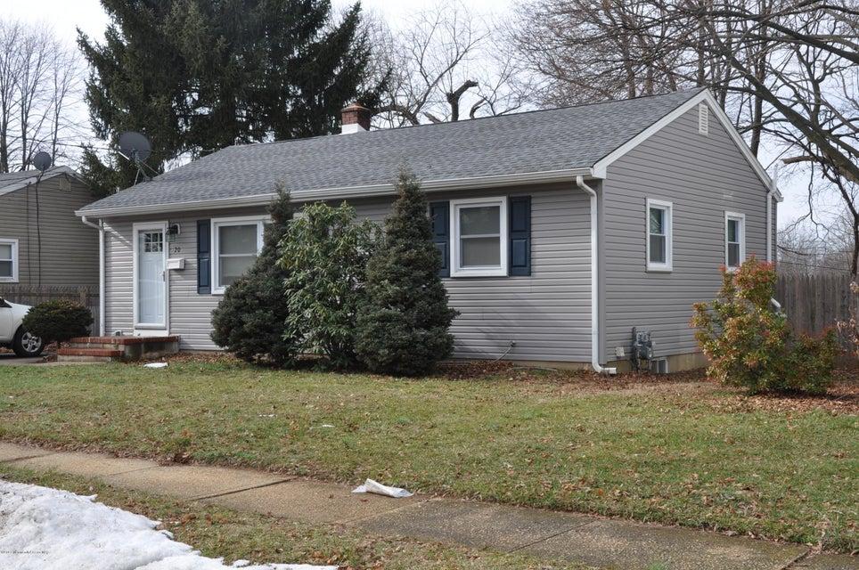 Maison unifamiliale pour l Vente à 20 Frances Drive Freehold, New Jersey 07728 États-Unis