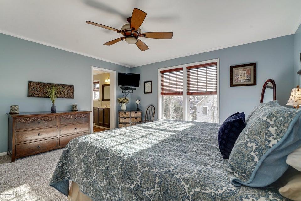 Additional photo for property listing at 605 Harris Avenue  Brielle, Nueva Jersey 08730 Estados Unidos