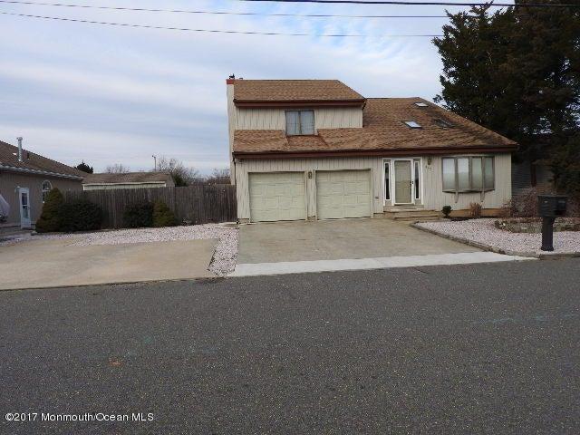 独户住宅 为 销售 在 822 Bowsprit Pt Point Lanoka Harbor, 新泽西州 08734 美国