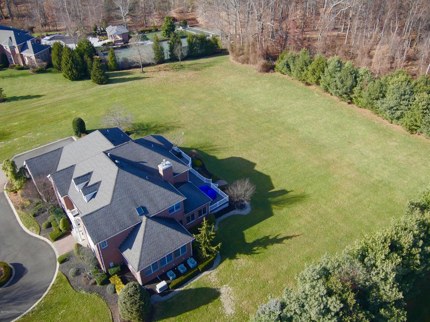 Additional photo for property listing at 32 Hillcrest Drive  Colts Neck, Nueva Jersey 07722 Estados Unidos