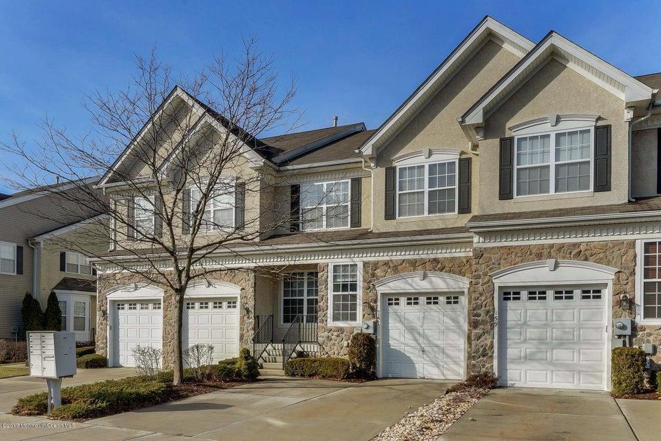 Maison unifamiliale pour l Vente à 157 Brookfield Drive Jackson, New Jersey 08527 États-Unis