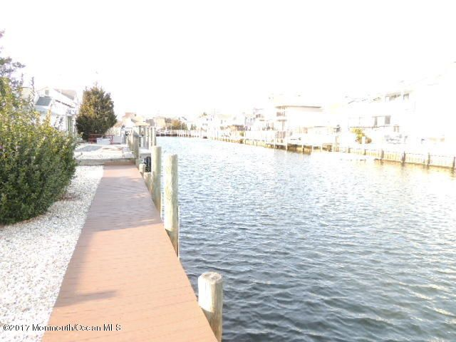 Additional photo for property listing at 1709 Riviera Court  特普莱森特, 新泽西州 08742 美国