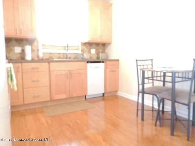 Additional photo for property listing at 1709 Riviera Court  Point Pleasant, New Jersey 08742 États-Unis