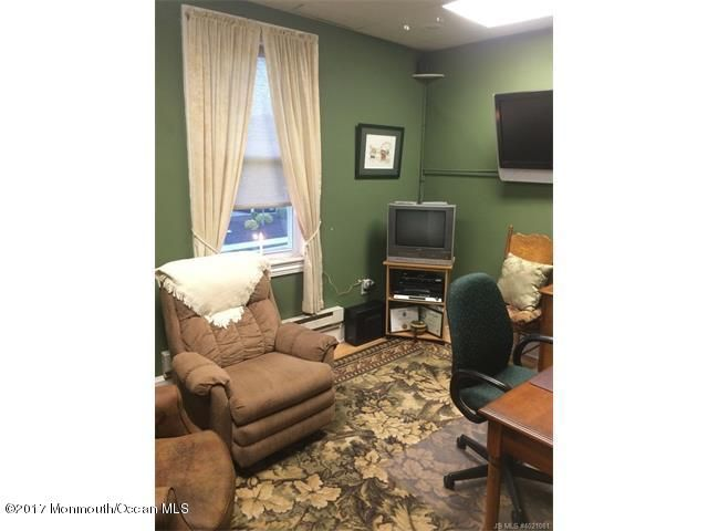 Additional photo for property listing at 9 Main Street  Manahawkin, Nueva Jersey 08050 Estados Unidos