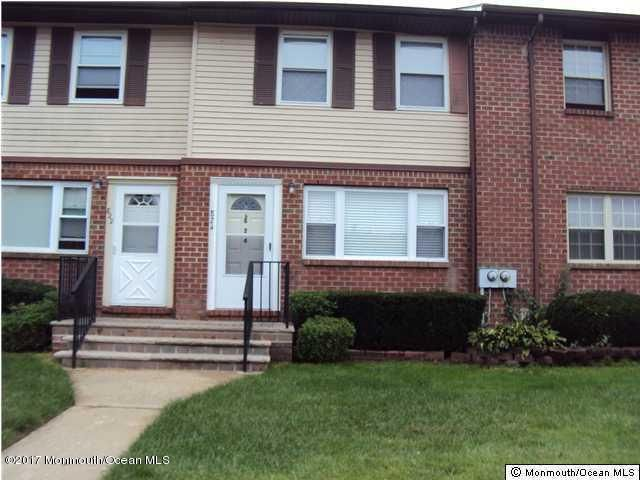 Additional photo for property listing at 824 Shannon Court  Brick, New Jersey 08724 États-Unis