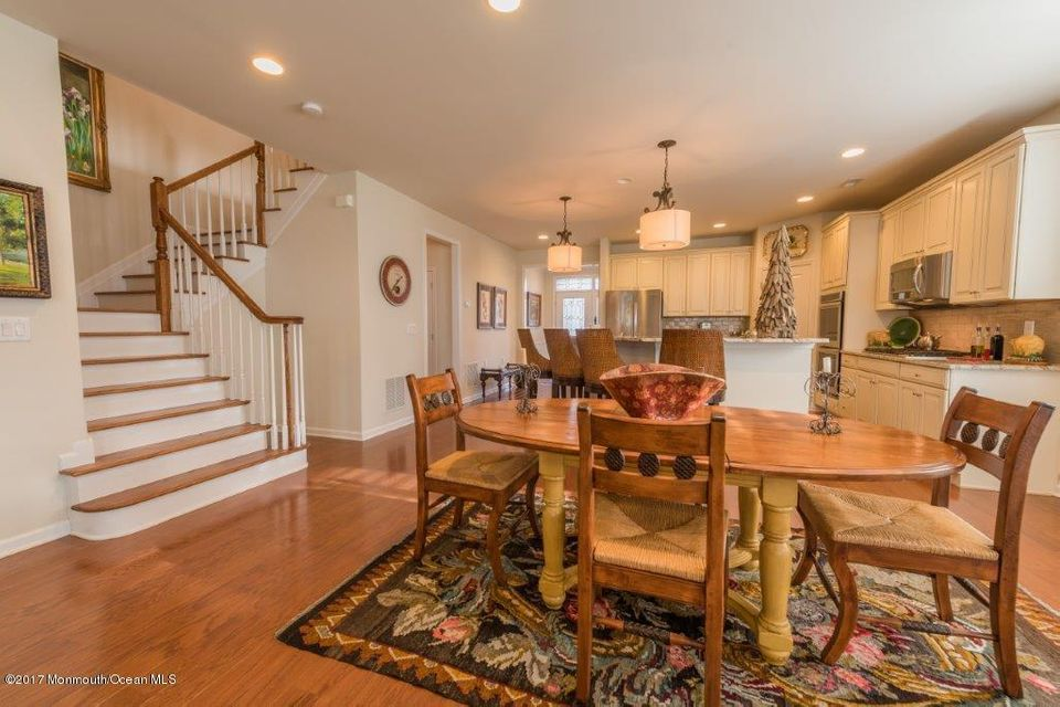 Additional photo for property listing at 58 Bosworth Boulevard  Farmingdale, New Jersey 07727 États-Unis