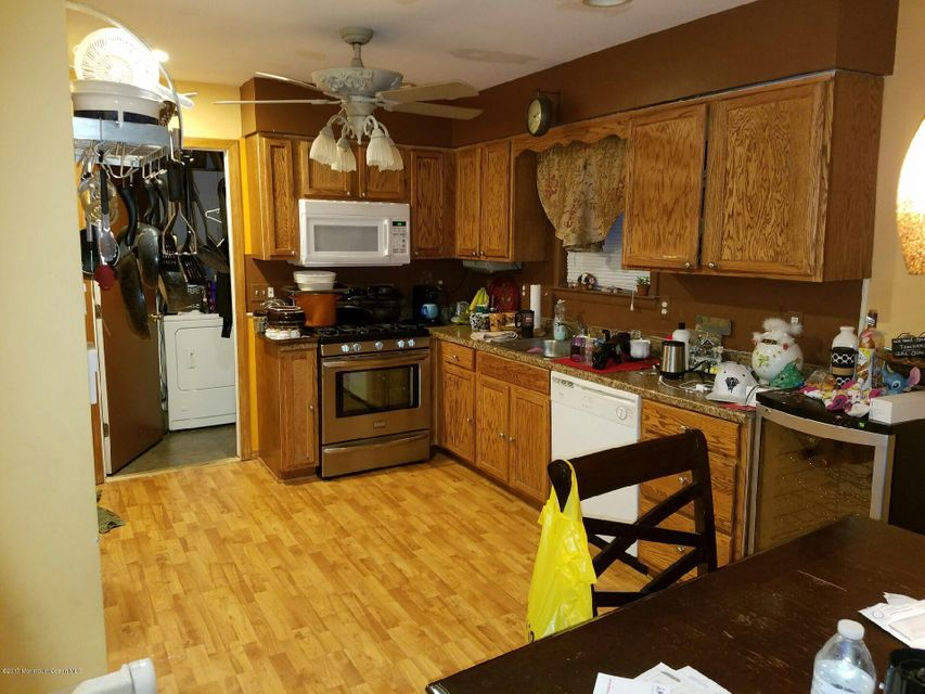 Additional photo for property listing at 2305 5th Avenue  Toms River, New Jersey 08753 États-Unis