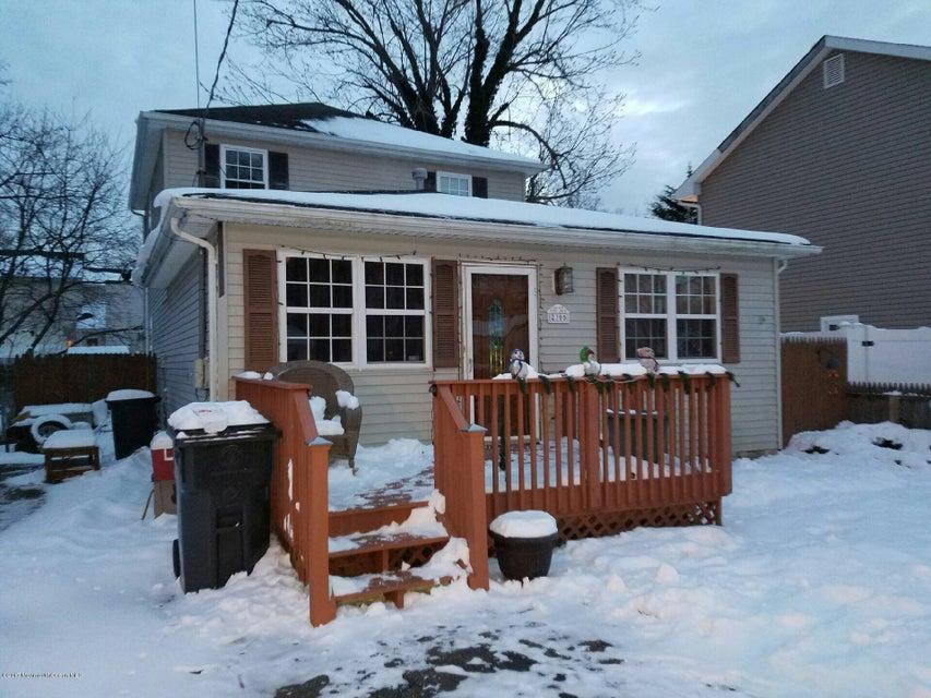 Maison unifamiliale pour l Vente à 2305 5th Avenue Toms River, New Jersey 08753 États-Unis