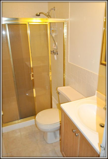 Additional photo for property listing at 49 Kingsley Way  Freehold, 新泽西州 07728 美国