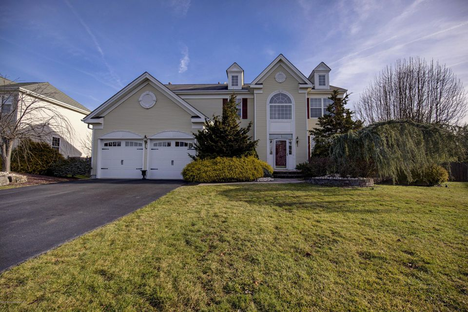 Single Family Home for Sale at 16 Inverness Drive Marlboro, New Jersey 07746 United States
