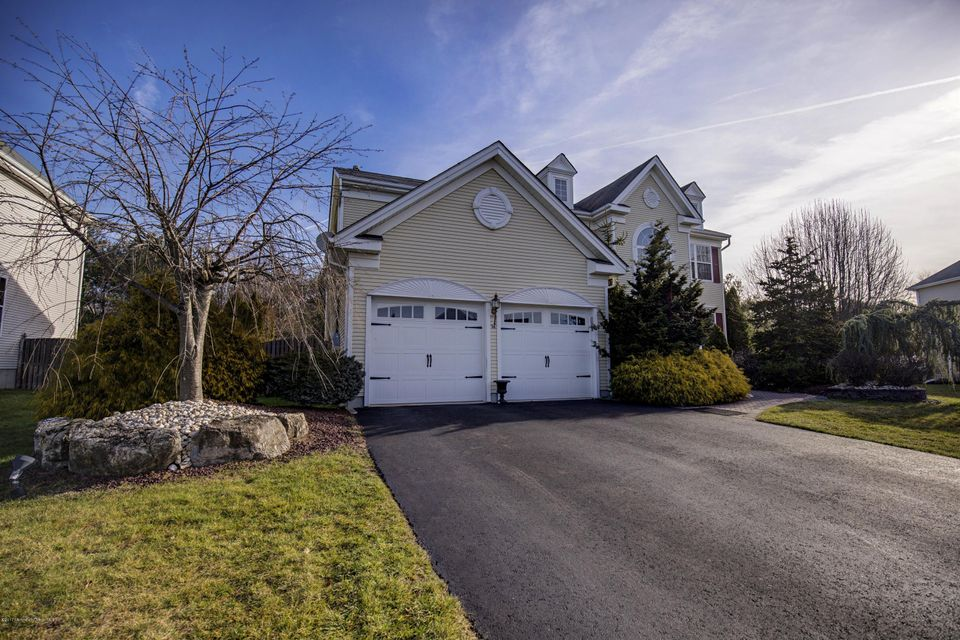 Additional photo for property listing at 16 Inverness Drive  Marlboro, New Jersey 07746 United States