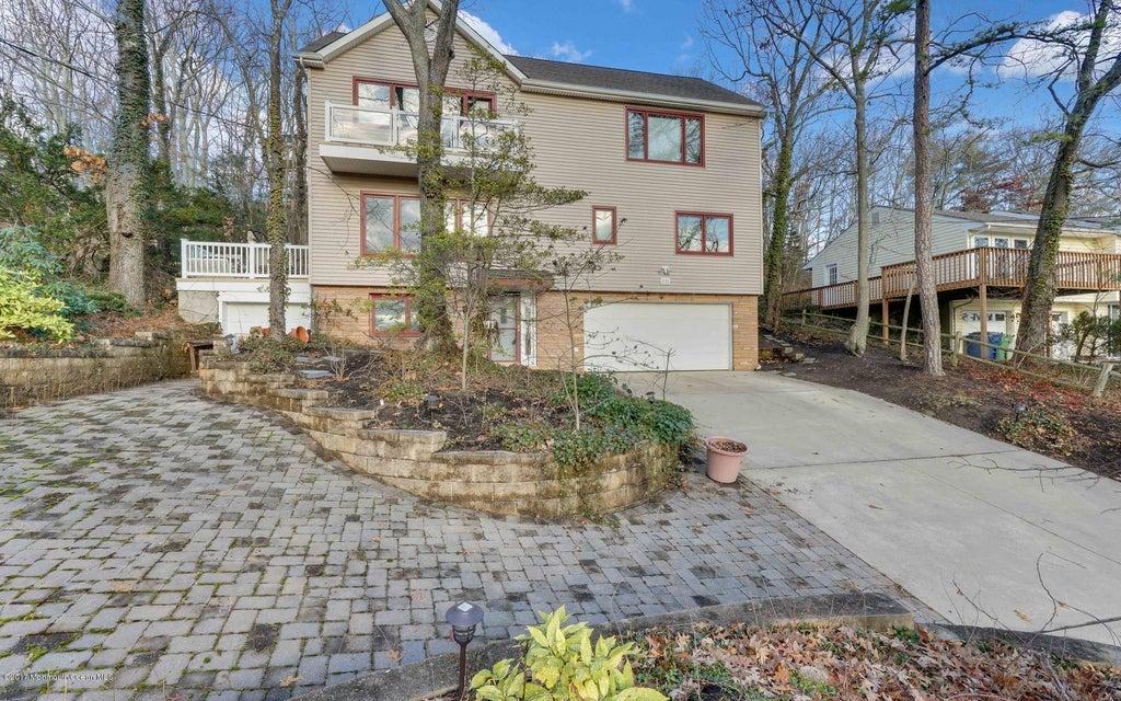 Maison unifamiliale pour l Vente à 236 Hillside Drive Neptune, New Jersey 07753 États-Unis