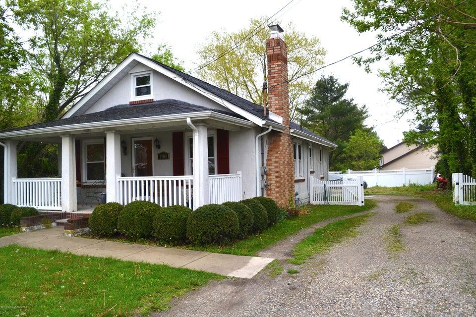 独户住宅 为 销售 在 1900 Old Mill Road 西贝尔马尔, 新泽西州 07719 美国