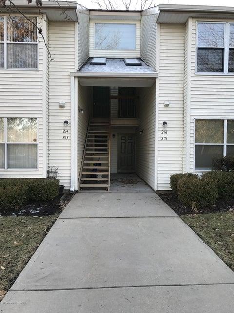 Casa Unifamiliar por un Venta en 213 Ravenswood Road Englishtown, Nueva Jersey 07726 Estados Unidos