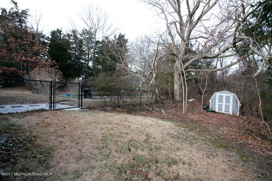 Additional photo for property listing at 10 Kevin Court  Jackson, New Jersey 08527 United States