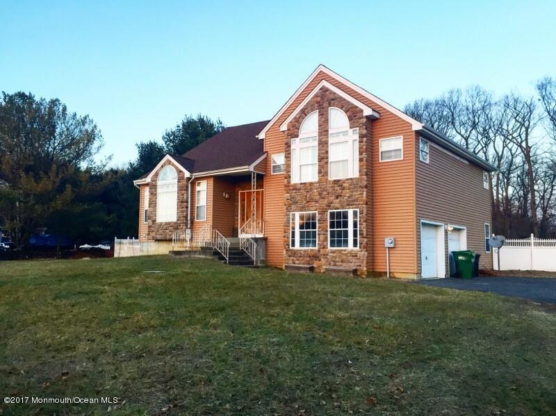 Casa Unifamiliar por un Venta en 26 Hampshire Court New Egypt, Nueva Jersey 08533 Estados Unidos