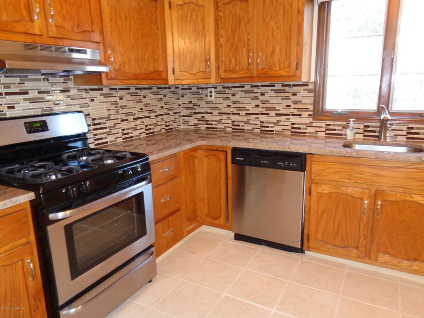 Additional photo for property listing at 3126 Sterling Street  Toms River, Nueva Jersey 08753 Estados Unidos