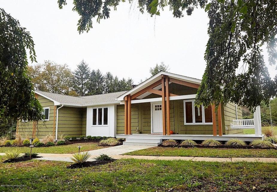 独户住宅 为 销售 在 7 Robin Road 霍木德尔镇, 新泽西州 07733 美国