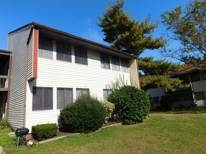 Single Family Home for Sale at H-23 Avon Drive East Windsor, New Jersey 08520 United States