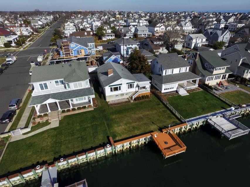 Terrain pour l Vente à 227 Roosevelt Avenue Avon By The Sea, New Jersey 07717 États-Unis