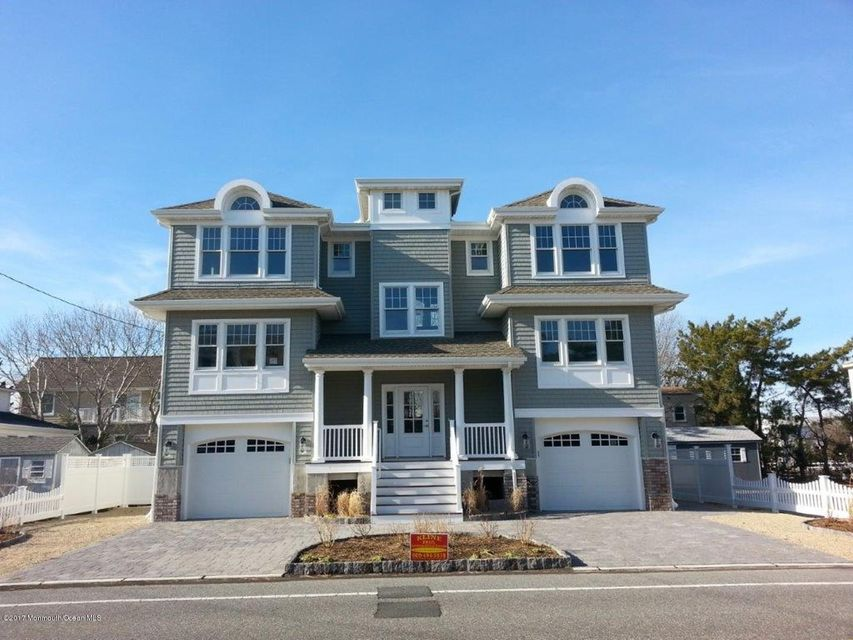 Maison unifamiliale pour l Vente à 2108 Beach Avenue Long Beach Township, New Jersey 08008 États-Unis