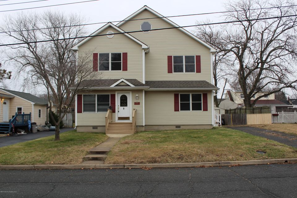 独户住宅 为 销售 在 133 8th Street 贝尔福德, 新泽西州 07718 美国