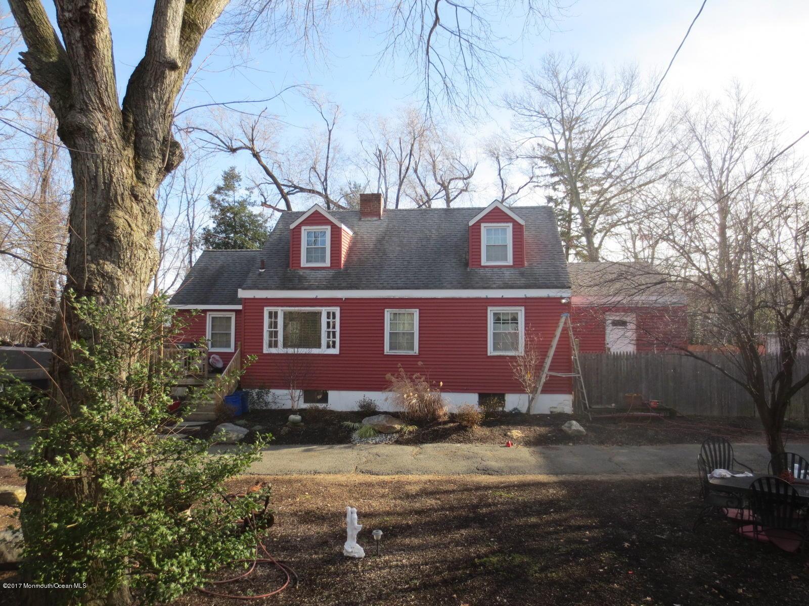 Maison unifamiliale pour l Vente à 242 Forsgate Drive Jamesburg, New Jersey 08831 États-Unis