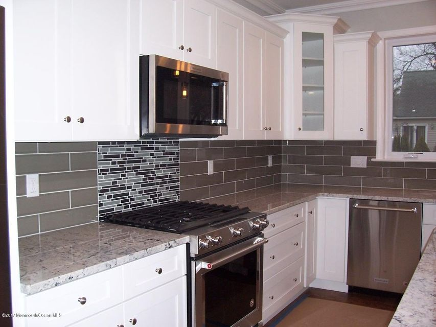 Additional photo for property listing at 41 Linden Avenue  West Long Branch, New Jersey 07764 United States
