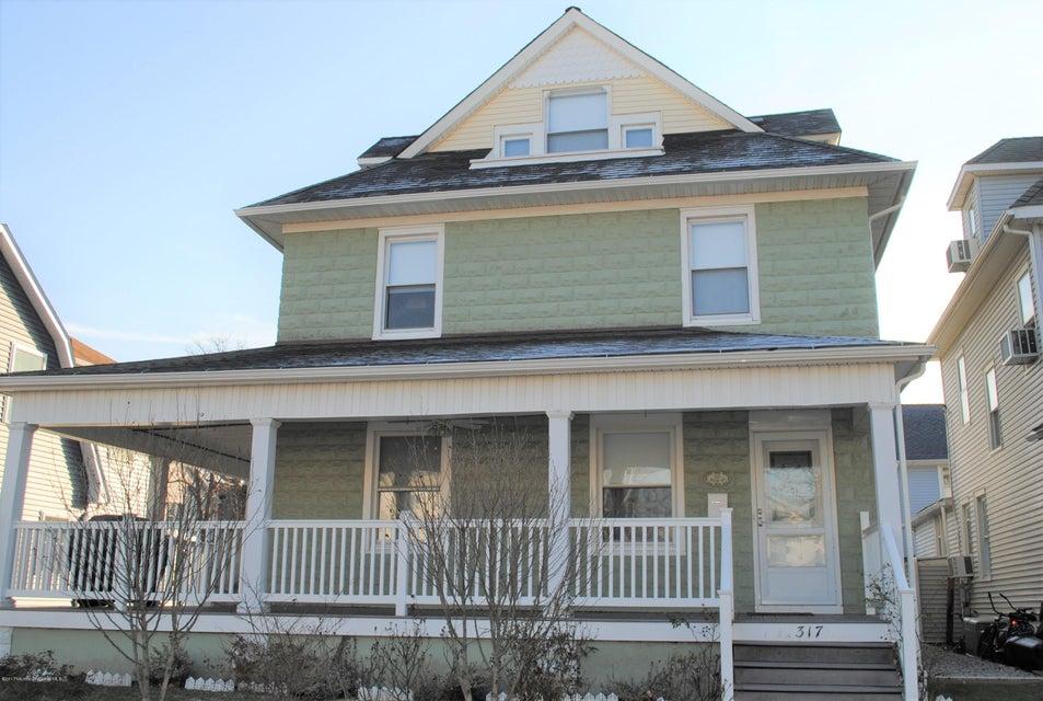 Maison unifamiliale pour l à louer à 317 Mccabe Avenue Bradley Beach, New Jersey 07720 États-Unis