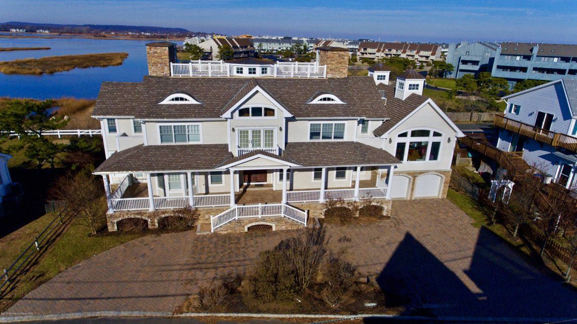 Single Family Home for Sale at 13 Riverview Road Monmouth Beach, 07750 United States