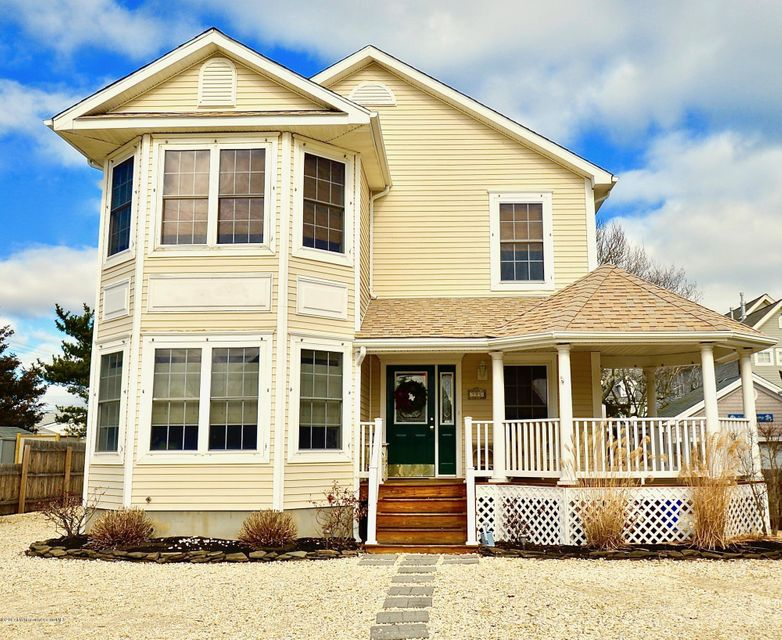 Single Family Home for Sale at 115 6th Avenue Normandy Beach, New Jersey 08739 United States