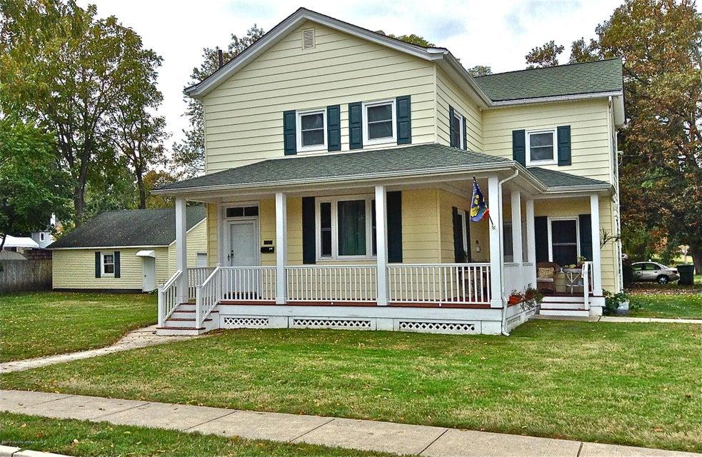 Maison avec plusieurs logements pour l à louer à 1 Franklin Avenue Eatontown, New Jersey 07724 États-Unis