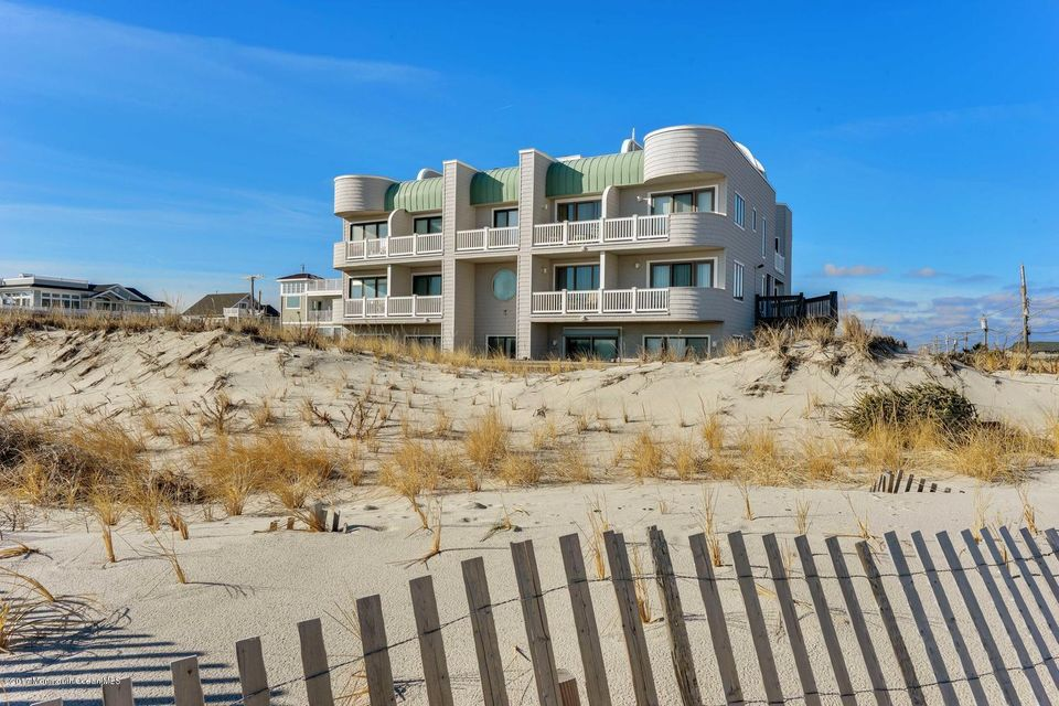 Single Family Home for Sale at 304 Ocean Avenue South Seaside Park, New Jersey 08752 United States