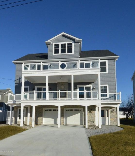 Casa Unifamiliar por un Venta en 17 Longview Way Sea Bright, Nueva Jersey 07760 Estados Unidos