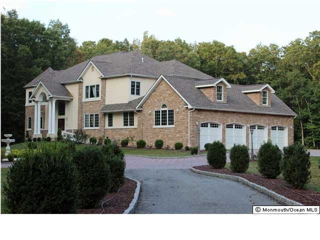 Single Family Home for Sale at 207 Jackson Mills Road Freehold, 07728 United States