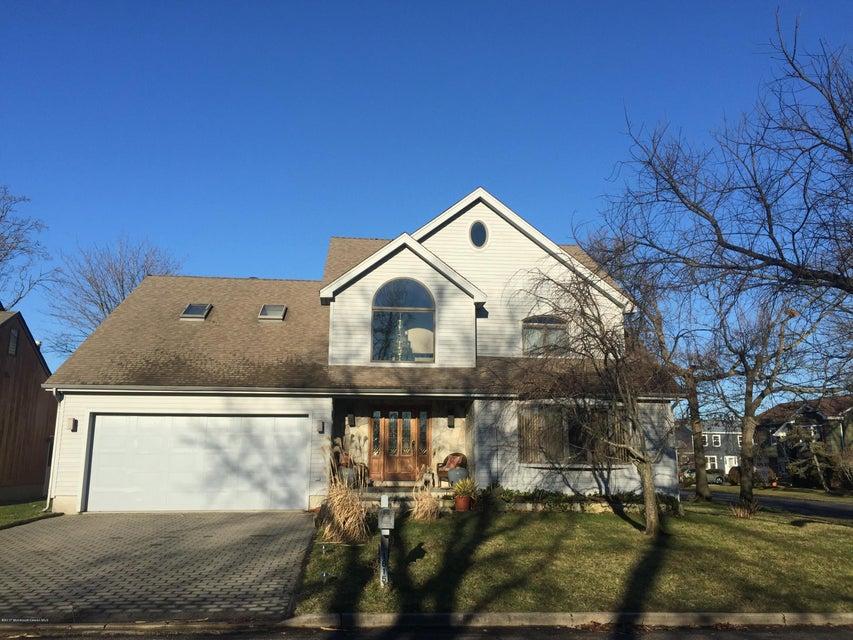 Casa Unifamiliar por un Venta en 1615 Calamus Place Point Pleasant, Nueva Jersey 08742 Estados Unidos