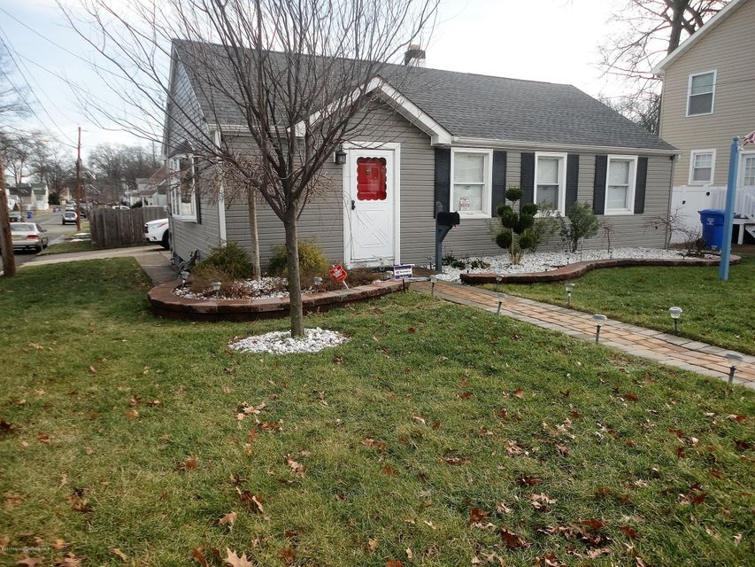 Single Family Home for Sale at 484 Woodbridge Avenue Avenel, New Jersey 07001 United States