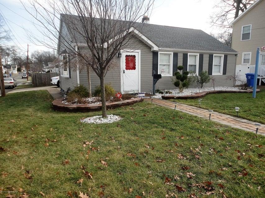 Casa Unifamiliar por un Venta en 484 Woodbridge Avenue Avenel, Nueva Jersey 07001 Estados Unidos
