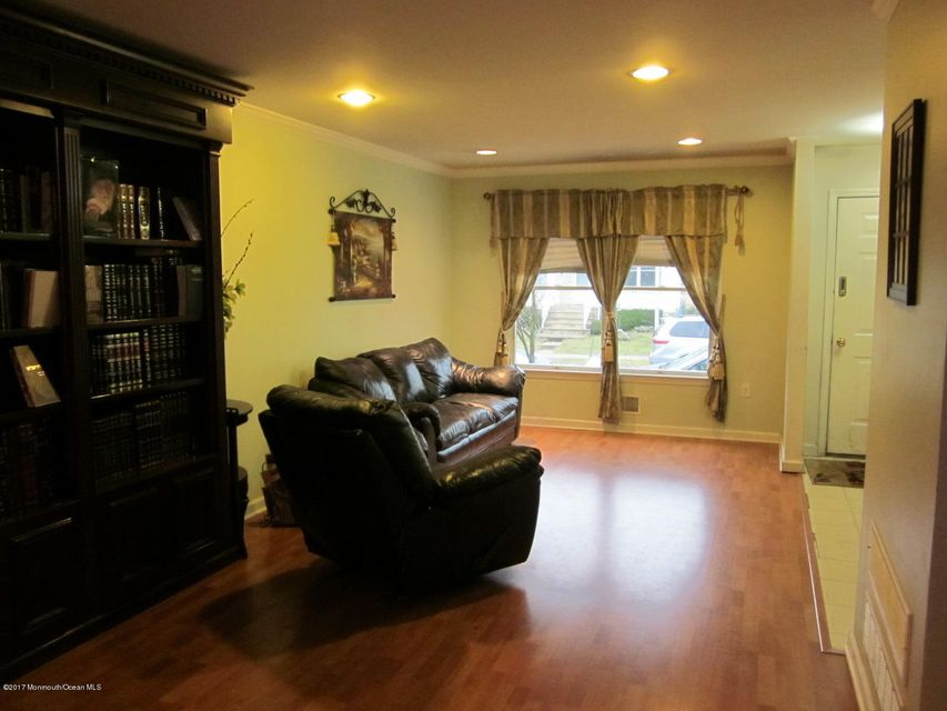 Additional photo for property listing at 29 Kletsk Hill Road  Lakewood, Nueva Jersey 08701 Estados Unidos
